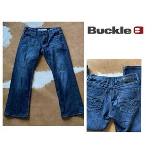BKE Buckle Carter Stretch Straight Leg Jeans